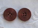Kaffebrun snidad träknapp, 25 mm