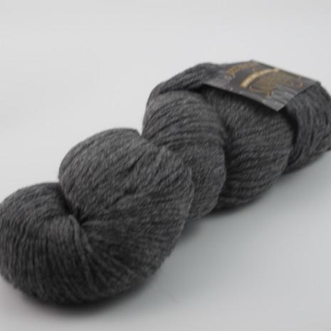 Cascade 220 Heathers, 8400 Charcoal Grey