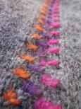 Ortrud, vante i flerfärgat Bellismönster