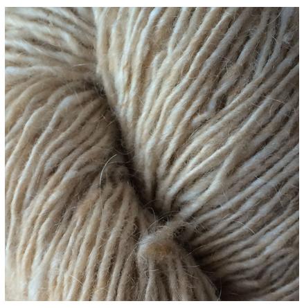 Isager Tweed, Sand